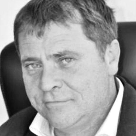 Bernard Schott